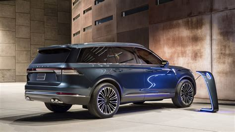 2020 Ford Explorer Teased in Beijing, Will be Made in