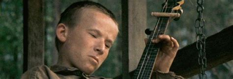 """Man Plays """"Dueling Banjos"""" From 'Deliverance' By Himself"""