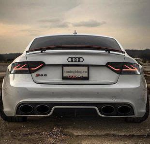 Tiefer Audi A5 RS5 mit 4-Rohr RS5 Optik Exhaust by